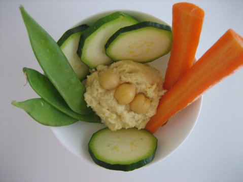 humus_veggies_snack.JPG