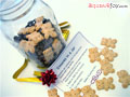 Holiday Gifts: 8 Homemade Gifts in a Jar (with free printable gift tags)