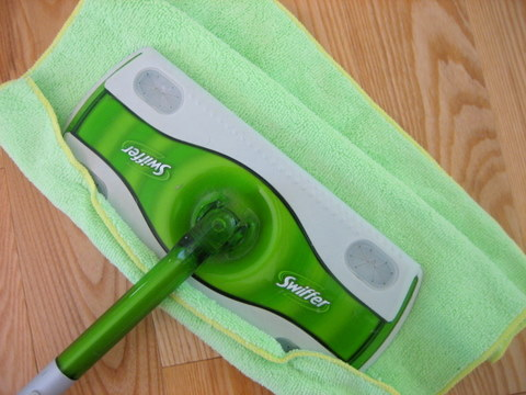 spring cleaning tips dust swiffer microfiber
