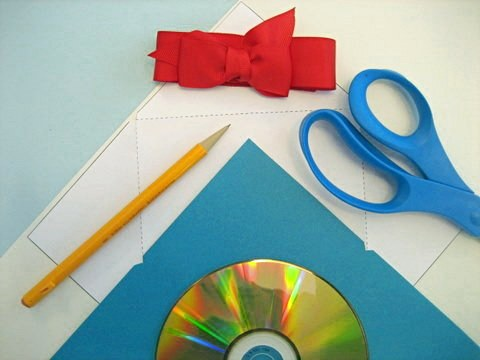 last minute gift ideas: printable cd covers - squawkfox, Powerpoint templates