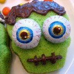 Frightfully Fun Halloween Cupcakes