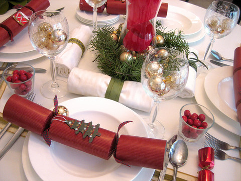 Christmas Decorations 5 Ways To Decorate Your Holiday Table On A