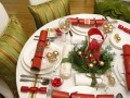 Christmas Decorations: 5 Ways to Decorate Your Holiday Table on a Budget