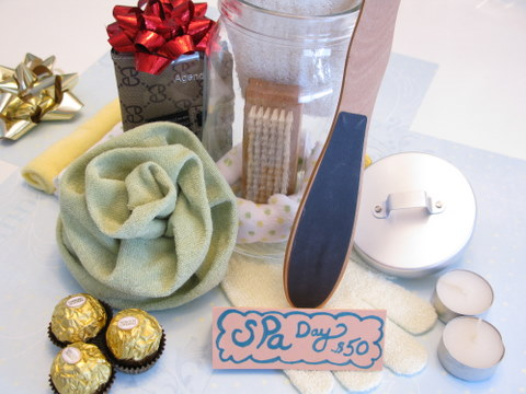 Gifts In A Jar 12 Gift Ideas For Under 15 Squawkfox